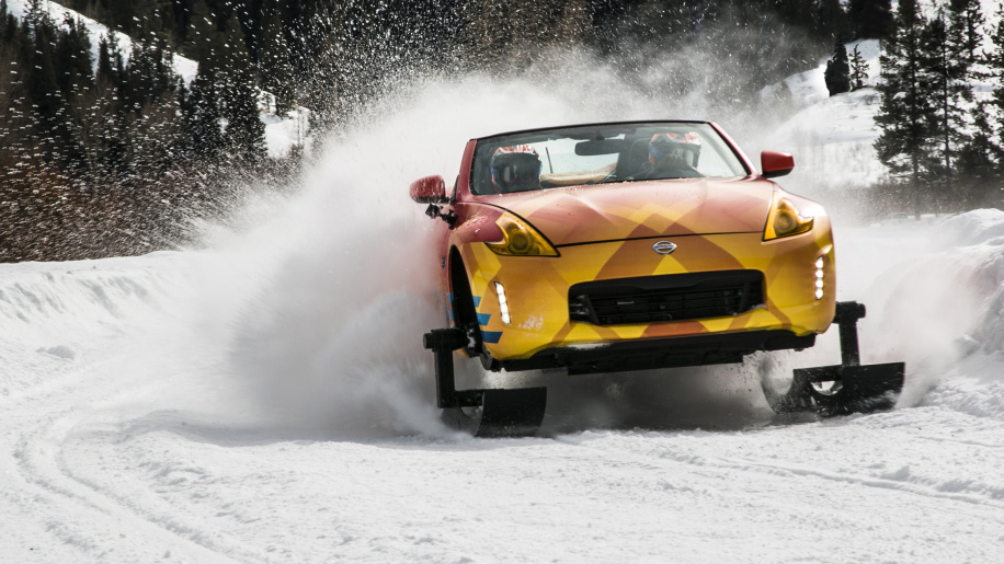 Nissan 370Zki - Snow, ice and a fury of thunder