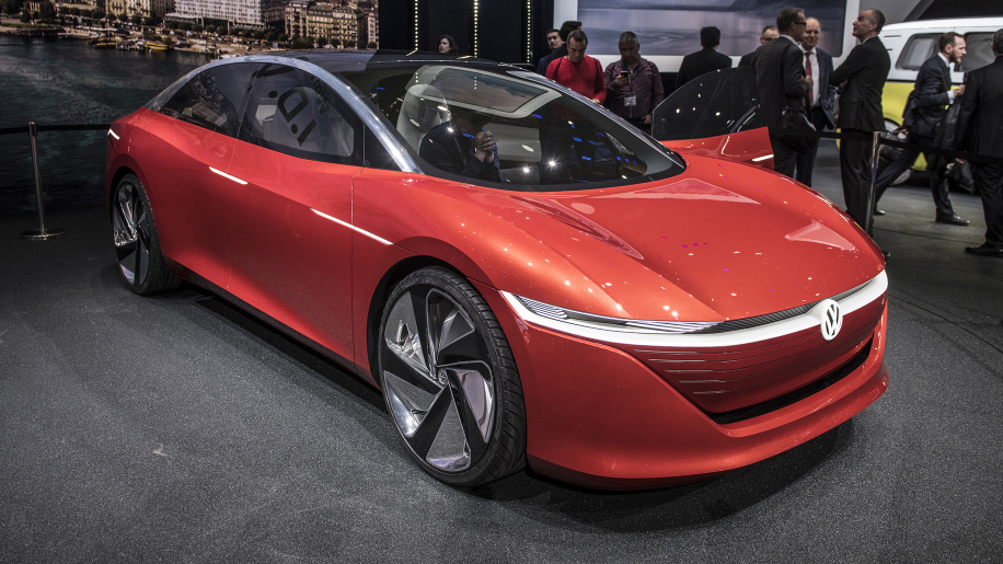 Volkswagen I.D. Vizzion previews an EV sedan with a 400-mile range