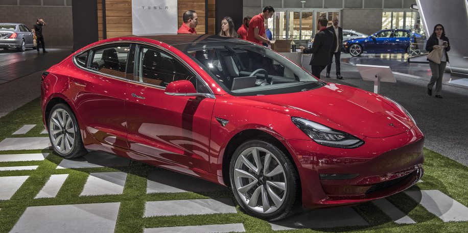 Consumer Reports, Edmunds observe significant problems with Tesla Model 3 test cars