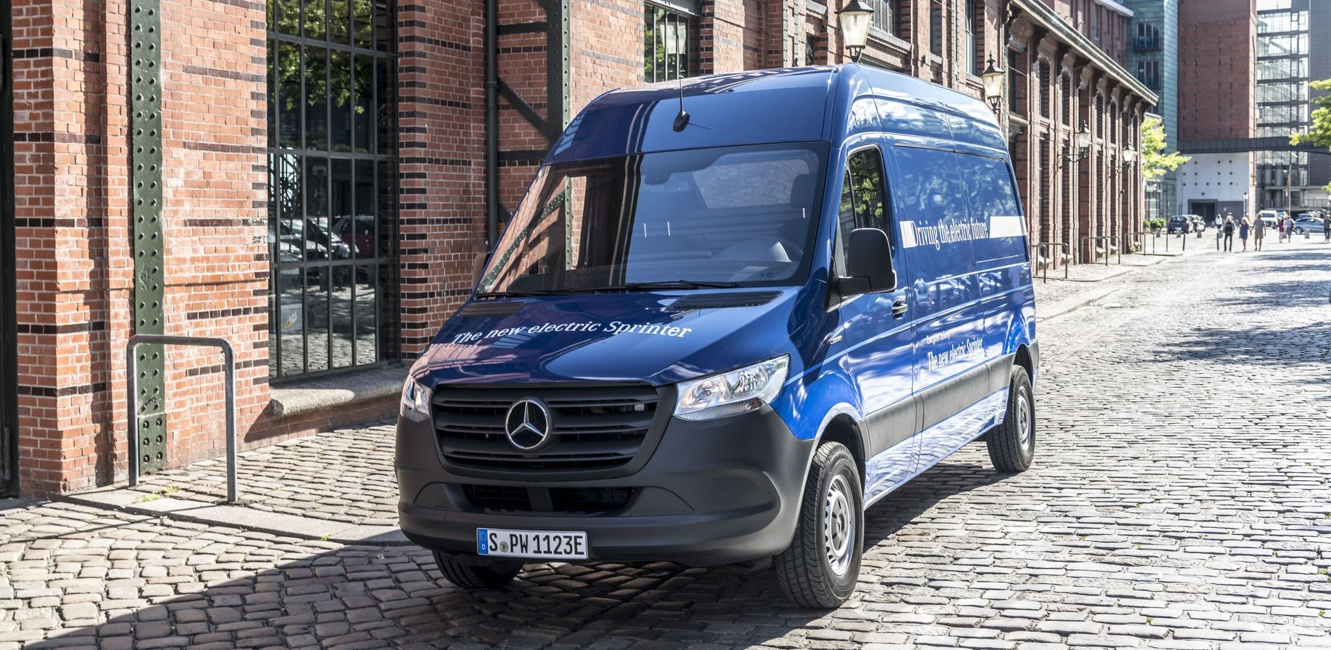 Elon Musk says he's interested in developing cargo vans with Daimler
