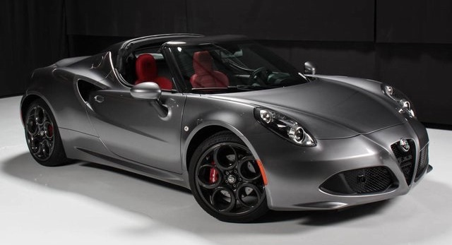 Alfa Romeo 4C production to continue until at least late 2020
