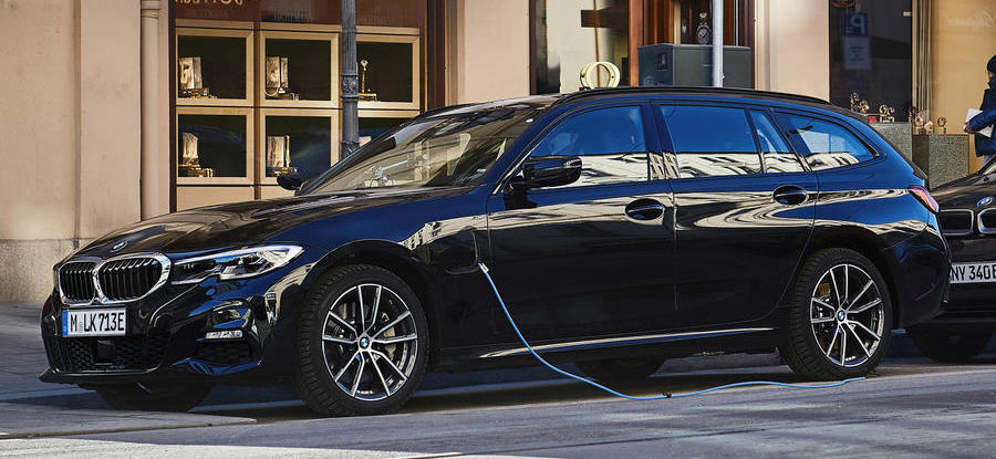 BMW launches new 330e Touring with four-wheel drive option