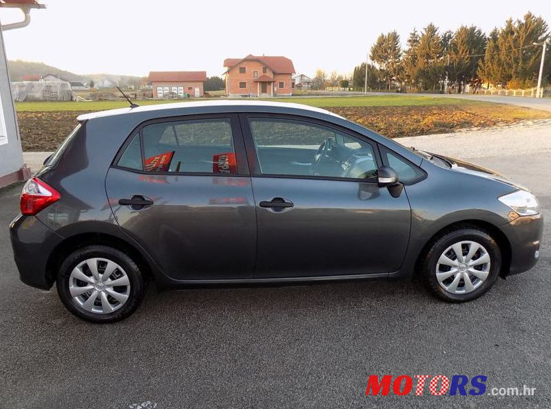 2011 Toyota Auris 1.33 in Varazdin, Croatia