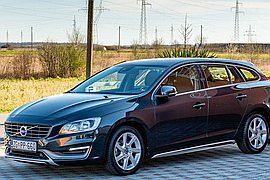 2015' Volvo V60 Cross Country D2