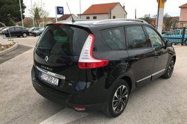 2015' Renault Grand Scenic Dci 130