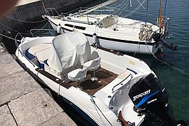 2002' Quicksilver Commander 630