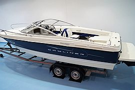 2007' Bayliner 210 Discovery