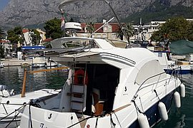 2010' Beneteau Antares 30 fly