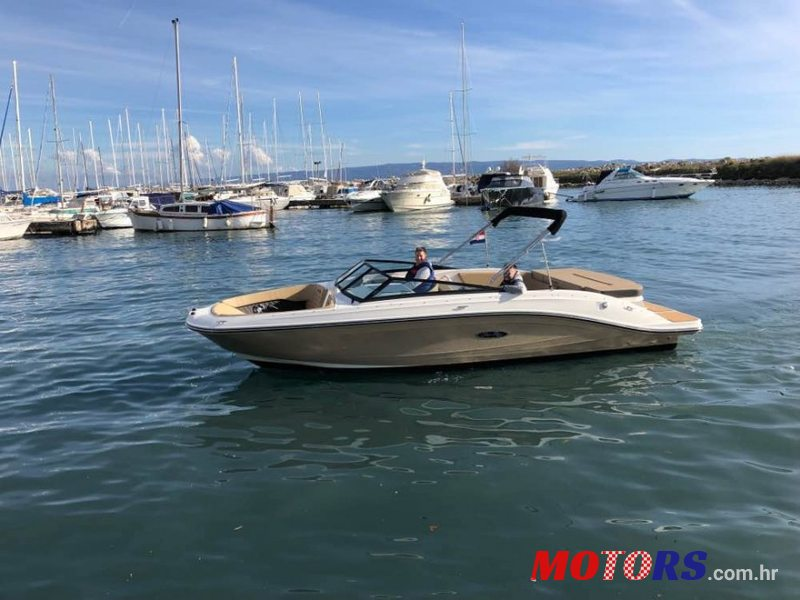 2019 Sea Ray SPX 230 in Split-Dalmatia, Croatia