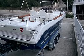 2000' Sessa Marine key largo 21